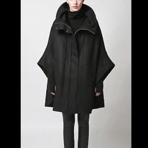 Enzuvan Wool blend black cape heavy winter coat